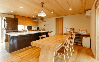 【株式会社コアー建築工房】建物完成見学会「広がりを感じられる 片流れ屋根のお家」