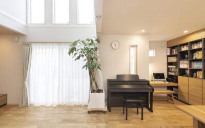 【2000万円台/間取り有】木の質感、風合いを活かした吹抜けリビングや上質キッチンを、予算内で叶えたお家